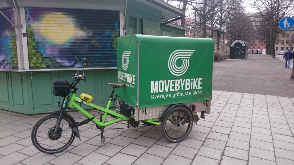 Electric cycle for local distribution